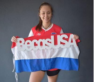 Una paraguaya es becada para estudiar y jugar en Estados Unidos