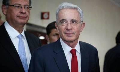 El expresidente colombiano Álvaro Uribe da positivo al COVID-19
