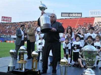 ODD, el presidente más ganador del fútbol paraguayo cumple 80 años y lanza un libro