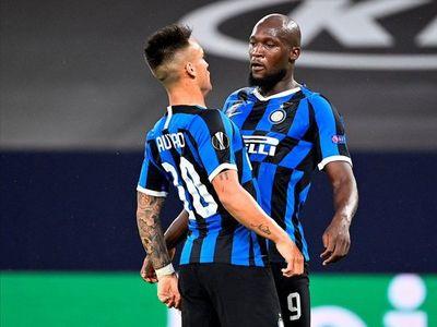 Inter y Manchester United avanzan a cuartos