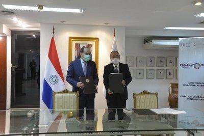 Paraguay y Japón firman acuerdos para fortalecer la cooperación en áreas de la salud, agua potable y saneamiento