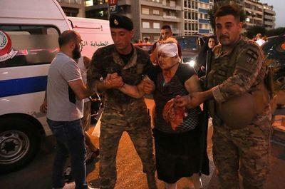 Escenas de caos en los hospitales saturados de Beirut