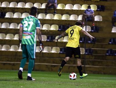 Guaraní no desaprovecha su chance y se suma al pelotón de punteros