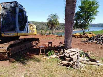 Sacan masivamente piedra de CANTERA ILEGAL a orillas del río Paraná