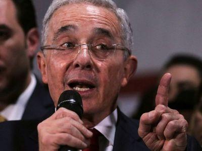 Arresto domiciliario y Covid, nuevas realidades para Uribe
