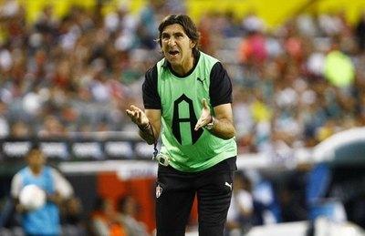 Gustavo Costas: 'Podríamos hoy estar primeros, y por culpa mía no estamos'