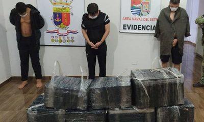 Tres detenidos cuando pretendían llevar   mercaderías al Brasil por el río Paraná – Diario TNPRESS