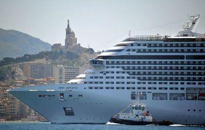 La esperanza de la vuelta de los cruceros en agosto empieza a hacer agua