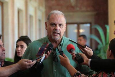 Roa coordinará con intendentes de Alto Paraná inicio de pagos de G. 500.000