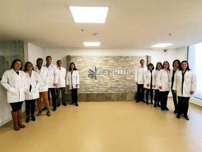 Clínica de marihuana medicinal abre en Colombia para curar el cuerpo y la mente durante pandemia