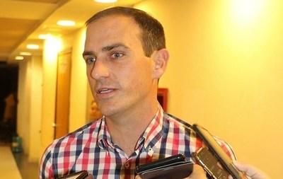 Critican a la oposición por amenazar con bloquear proyectos del Ejecutivo para evitar intervenciones municipales