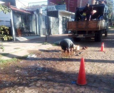 Final feliz: La Essap solucionó problemas de cañería en Lambaré