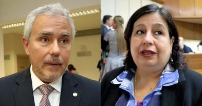 Pese al pacto entre senadores opositores, reflotan antagonismos ideológicos