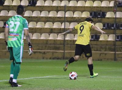 Reviví el tremendo gol de Fernando Fernández