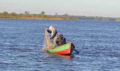 Protocolo sanitario para pescadores: Hasta cuatro por embarcación y a 2 metros de distancia