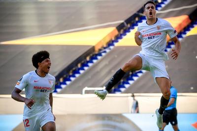 Sevilla despacha a la Roma y avanza a cuartos en la UEL