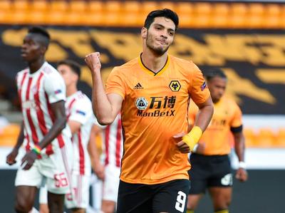 Raúl Jiménez encamina la clasificación de Wolverhampton