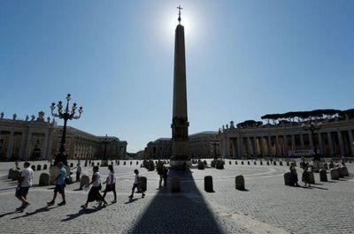 En gran cambio, Papa nombra a seis mujeres para organismo de supervisión financiera del Vaticano