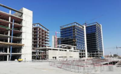 HOY / Las construcciones en la zona portuaria registran un avance significativo