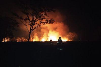 Incendio de gran magnitud afecta zona de Caacupé