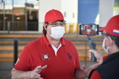 Gobernador confirma que se contagió del coronavirus
