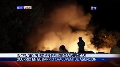 Vecinos evitan que incendio alcance viviendas en Asunción