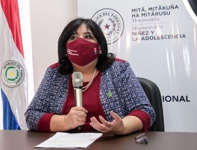 """Ñañangareko: afirman que cifra de niñas embarazadas es de terror y reconocen que inclusión de educación sexual en reforma educativa es """"un proceso lento"""""""