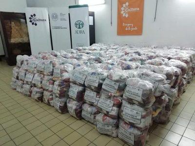 Donan 1.300 kits de alimentos para artistas y gestores culturales