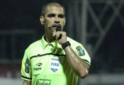 """HOY / Hubo reunión """"motivacional"""" entre árbitros y Elizondo"""