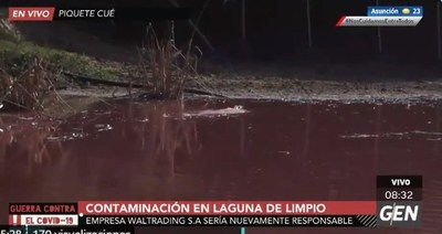Laguna Cerro: agua roja, espesa y fétida tras criminal derrame de químicos