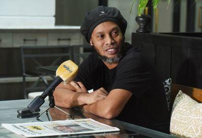 Fiscalía pide suspender el proceso a prueba para Ronaldinho