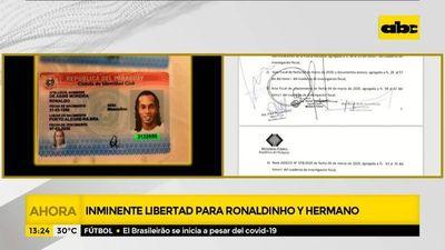 Ronaldinho y su hermano podrían salir de prisión