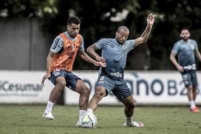 Un viejo conocido de Olimpia vuelve para enfrentarlo con Santos
