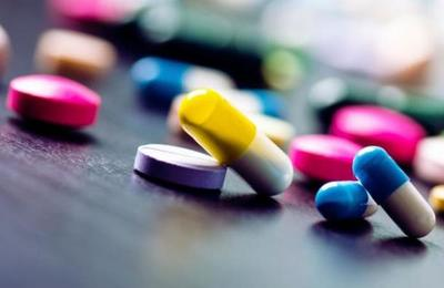 Tres adolescentes terminan en el hospital por seguir un reto viral de TikTok que les causó una sobredosis