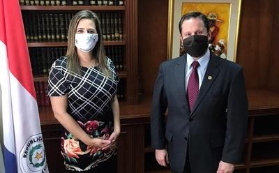 Kattya Gonzalez invitó a titular de la CSJ para lanzamiento de observatorio anticorrupción