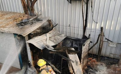 HOY / Se incendian casillas frente al IPS Ingavi
