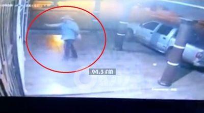 Ex policía ,baleó la casa de su hermano en Pedro Juan porque no le prestó dinero