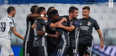 Pese al doblete de Cristiano, Lyon aguantó y la 'Juve' queda eliminada