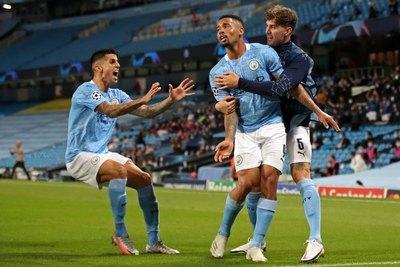 Los errores de Varane condenan al Madrid y avanza el Manchester City