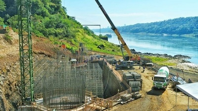 Segundo puente sobre el Paraná toma forma tras un año de trabajos