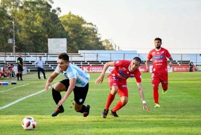 Guaireña y Nacional firman empate en Villarrica