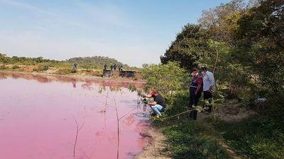 Suspenden empresa por contaminación de laguna Cerro