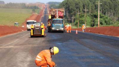 Viviendas generan más empleo pero Gobierno prioriza rutas