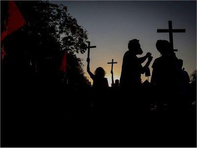 Brasil registra 1.079 nuevas muertes por Covid-19 y el total roza las 100.000