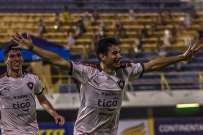 Cerro Porteño vence en Luque y es puntero provisorio