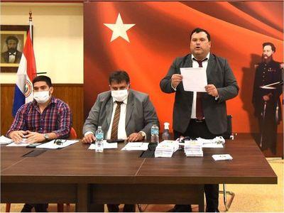 Seccionaleros exigen en la ANR intervención a opositores