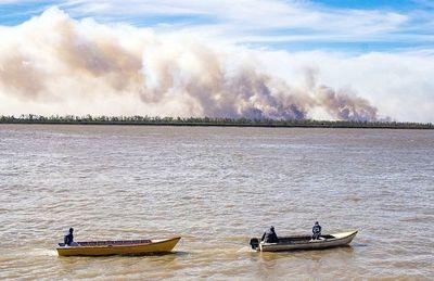 La sequía e incendios apeligran los humedales y caudal del río Paraná