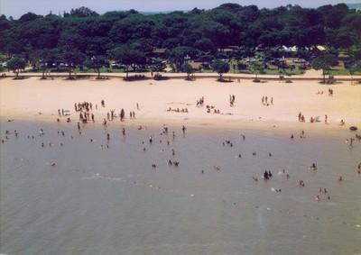 Pirañas atacan a bañistas en playa artificial del LAGO DE ITAIPU