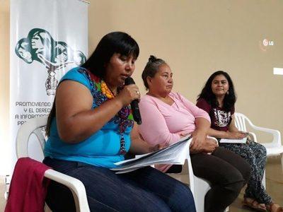 Promueven fortalecimiento democrático y liderazgo de las mujeres