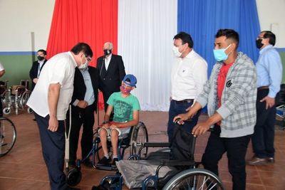 Discapacitados recibieron ayuda en San Juan Nepomuceno